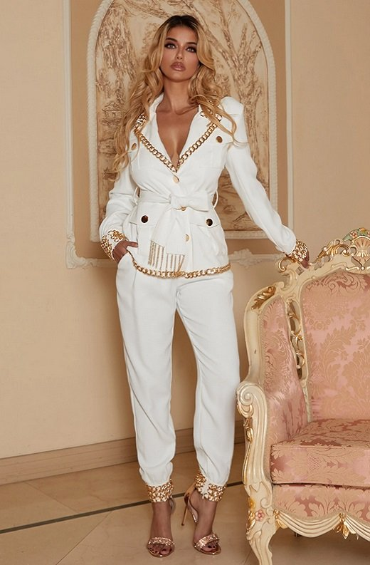 White Fitted Gold Chains Tapered Pants Blazer Set 1