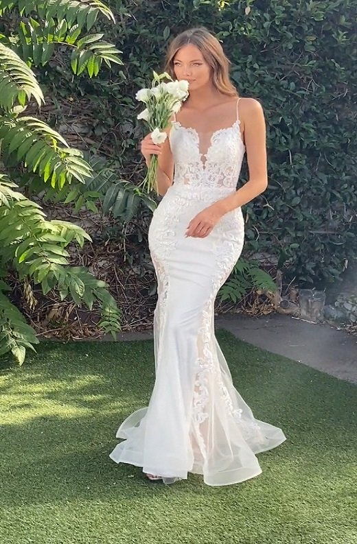 White Floral Embroidered Lace Basque Corset Sheer Tulle Bridal Gown 3