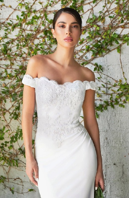 White Floral Fitted Off Shoulder Bridal Gown 4
